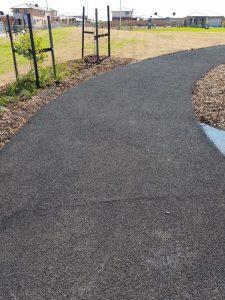 Tarneit Playground Park Reserve Path 10