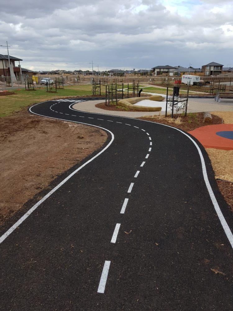 Tarneit Playground Park Reserve Path 2