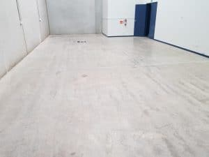Epoxy floor coating in a Notting Hill automotive workshop 16